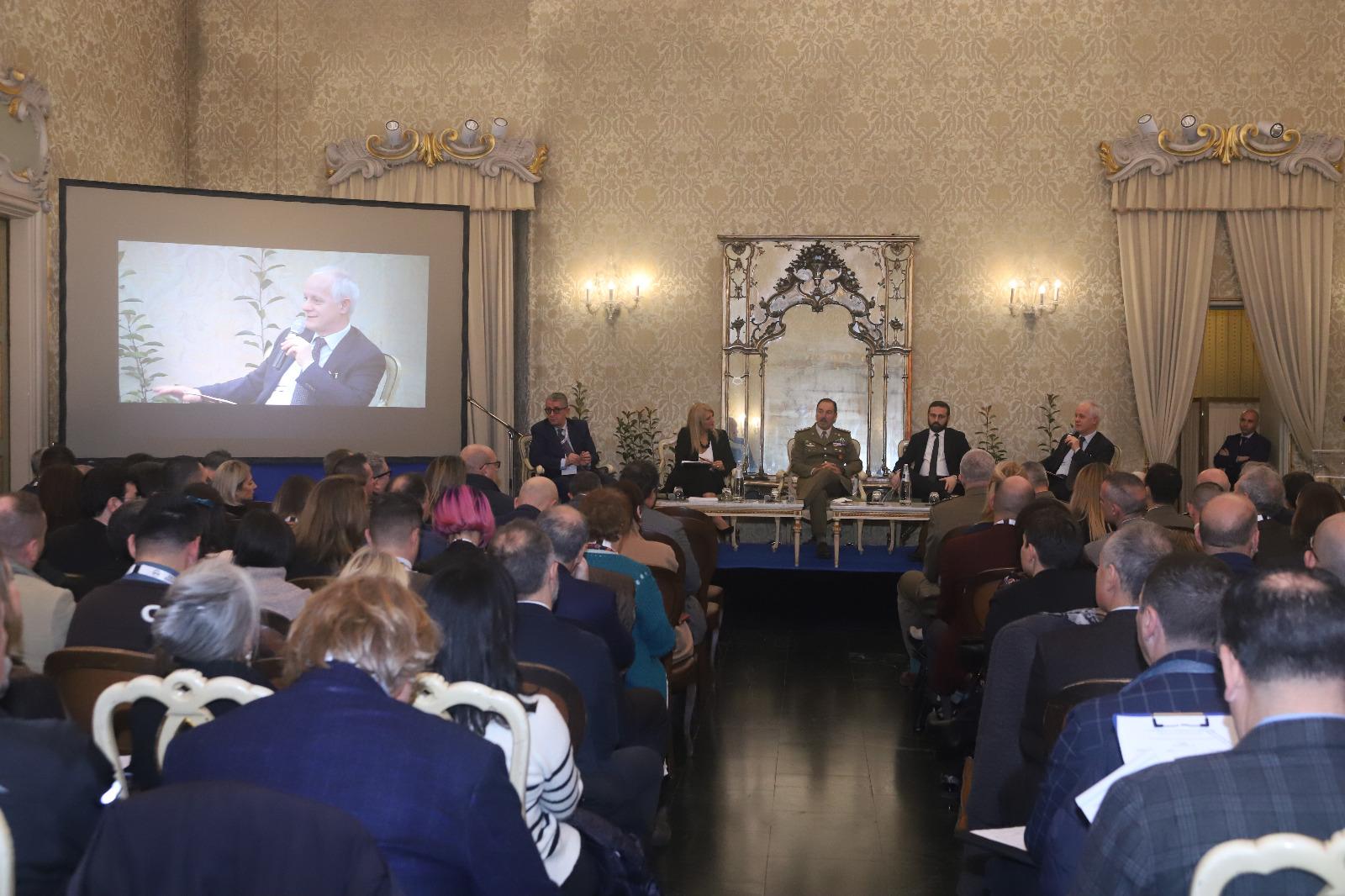 4. Intervento del dott. Luciano Fontana, Direttore del Corriere della Sera, al 2° Meeting Nazionale sulla comunicazione
