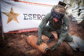 Foto 4 - Intervento sulla bomba