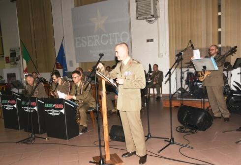Foto n. 13 Concerto di NatalePresentazione di ClendEsercito - Col Maurizio NAPOLETANO