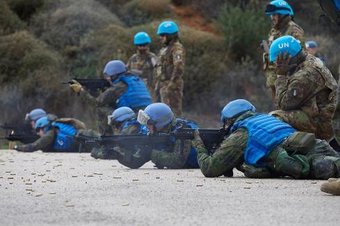 02_Missione in libano_momento dell'esercitazione di tiro (2)