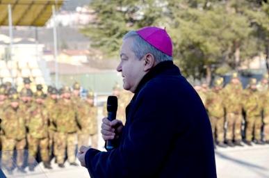 Foto 6 S.E. Marcianò parla al personale
