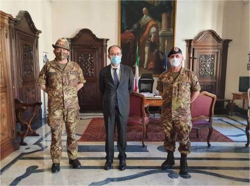 3. Col. Ingala e Col. Autunno con Prefetto di Vercelli Francesco Aldo Umberto Garsia