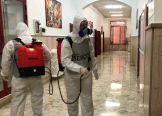 Foto 7_ Militari durante la sanificazione dei locali
