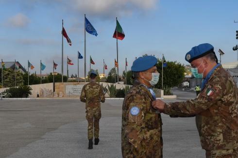 10 Medaglia UNIFIL al Gen. B. Diego Filippo Fulco