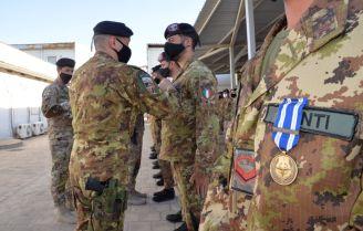 7. Un momento della Medal Parade al TAAC-W