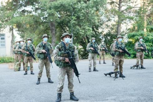Foto 3 Allievi Marescialli della Scuola Sottufficiali dell'Esercito in a...